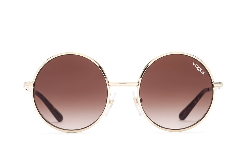70s sunglasses as a trend highlight of 2021