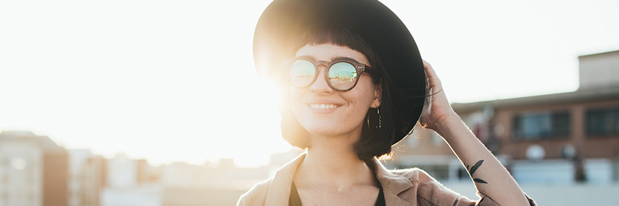 Uv protection in glasses and sunglasses